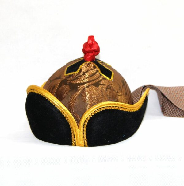 Oval shaped mongolian hat