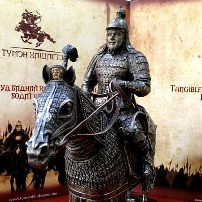 Leonardo di caprio's face on Mongolian warrior sculpture