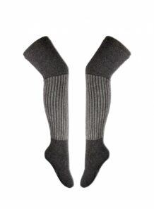 灰色长袜子