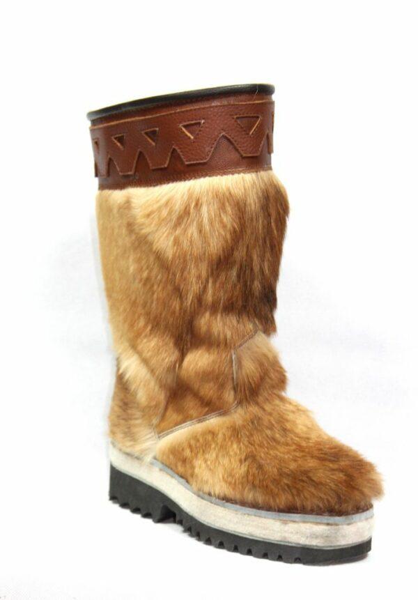 Монгольские кожаные сапоги