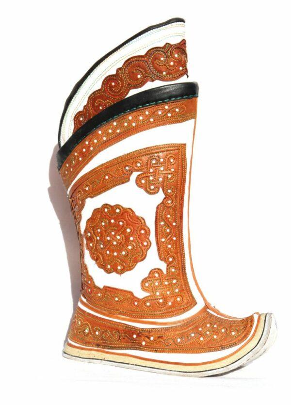 Монгольские белые и коричневые сапоги 64