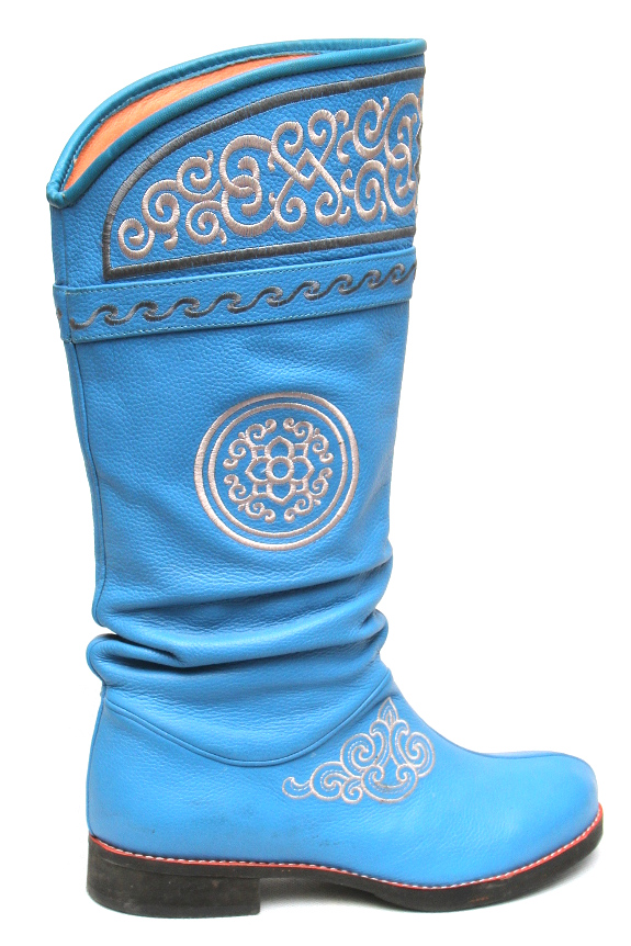 Women Blue Sky Boots With White Embroidery   Mongolian Store