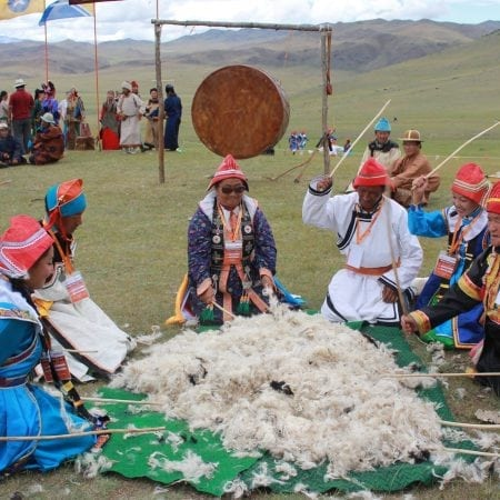 How Mongolian People Make Felt Throughout the Centuries