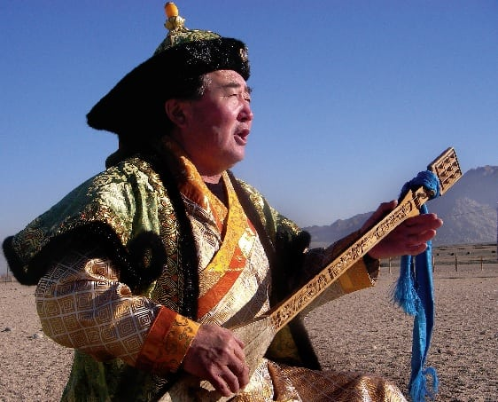 mongolian person khoomei