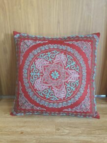 kazakh pillow 1