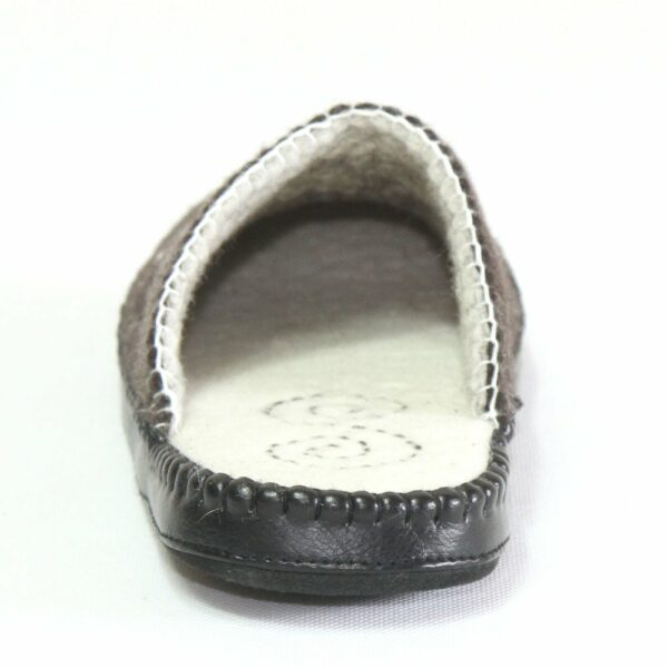 North Side Black Slipper