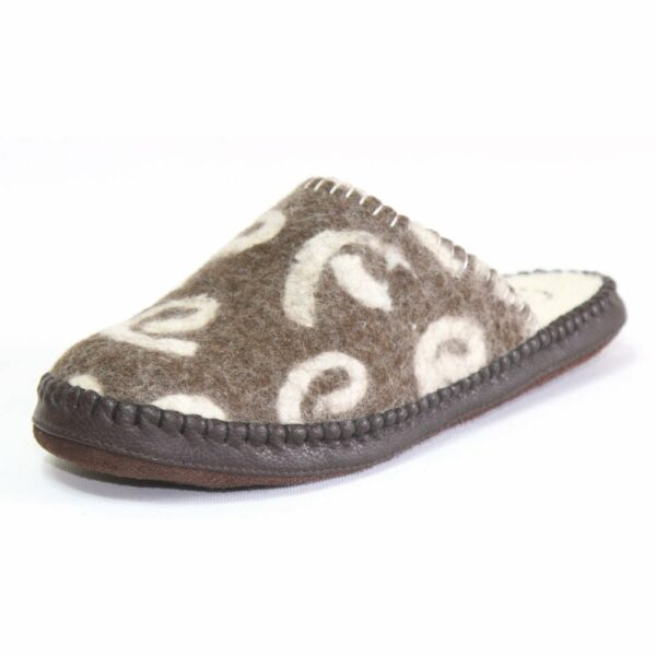 Side of Brown Brindle Slipper