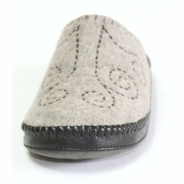Front of Grey Slipper 4
