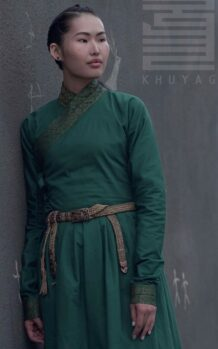 14th-Century-Mongolian-Womens-Green-Deel