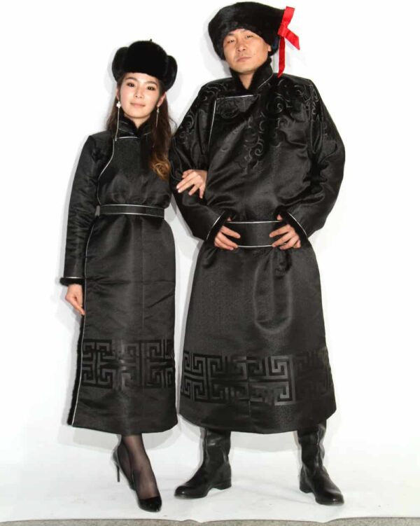 Couple Black Deel