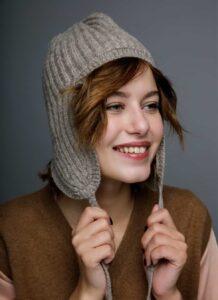 Grey Woolen Women's Beret Hat