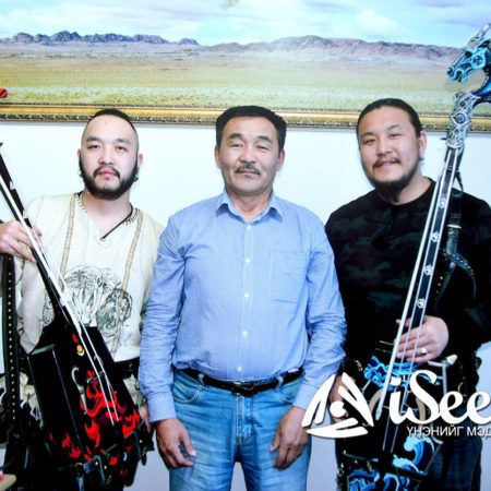Interview with Baigalijav   Craftsman of the Hu Band's Instruments